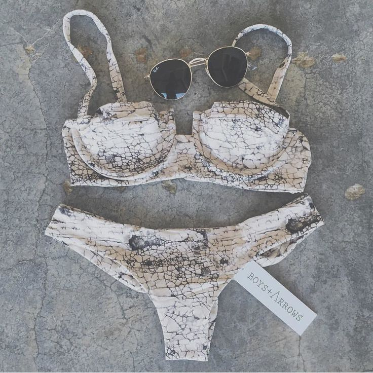 Good morning bikini land! New stockist alert! @shopellea They've got summa that B A J A print and much much more. Check it