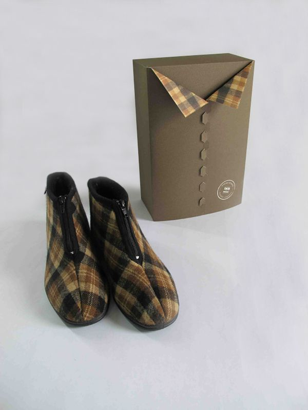 Some creative gift packaging ideas for our Dafna Footwear indoor / outdoor  house slipper. This