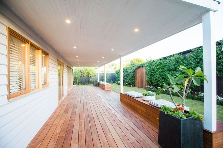 Simple and neat balcony and garden on this renovated weatherboard house. See all the photos from this home renovation on the blog