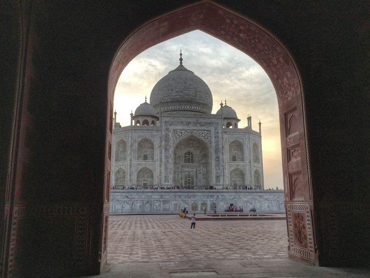 One of the most magnificent buildings on the planet - the elegant Taj Mahal.  #tajmahal #7wonders