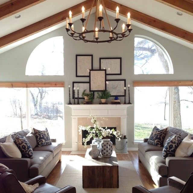 22 farm tastic decorating ideas inspired by hgtv host for Upper living room designs