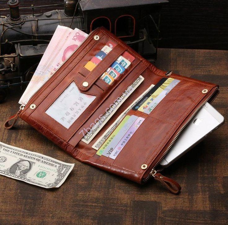 Кожаный кошелек, мужской клатч, JohnMcDee, светло коричневый Кожаный кошелек JohnMcDee 8027C светло-коричневый имеет компактные размеры для удобной транспортировки: 21.5 х 12.5 х 2.5 см. Стиль унисекс отлично впишется в образ делового и успешного предпринимателя либо строптивой и характерной девушки.  Каждому отделению и отсеку отведена специальная функция для хранения.