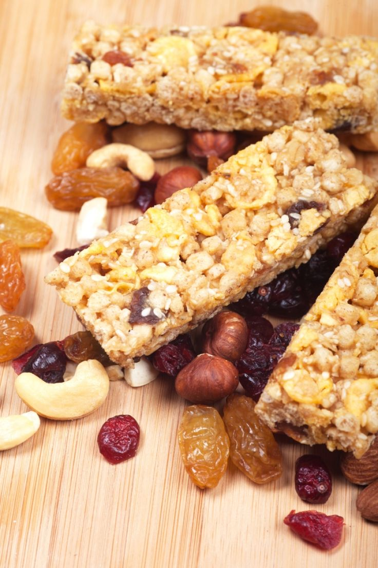 «Mπαροφρέτα» δημητριακών με φρούτα και φουντούκι