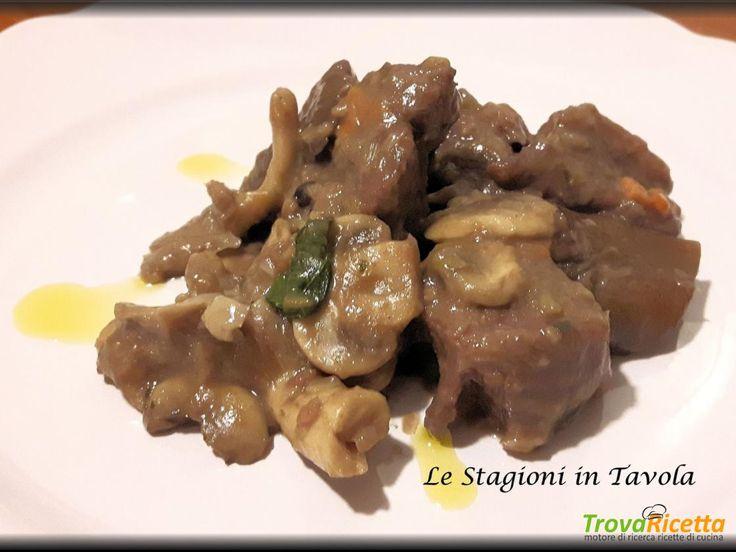 Spezzatino di vitellone ai funghi  #ricette #food #recipes