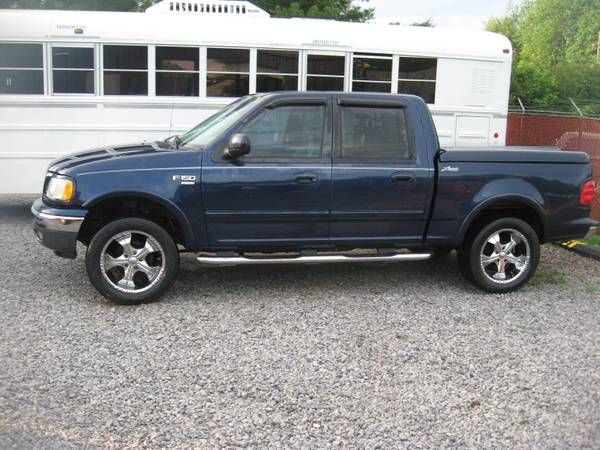 Real Nice 2003 Ford F150 4wd 4dr Lariat w/Bad Engine COMPLETELY LOADED – auto parts – by owner