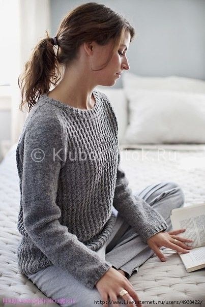 Пуловер от MICHELE WANG. Описание есть подробное.