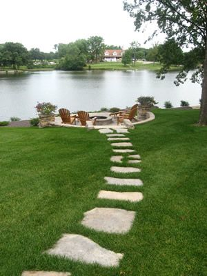 Waterfront Steps and Patio - great idea for cabin.....
