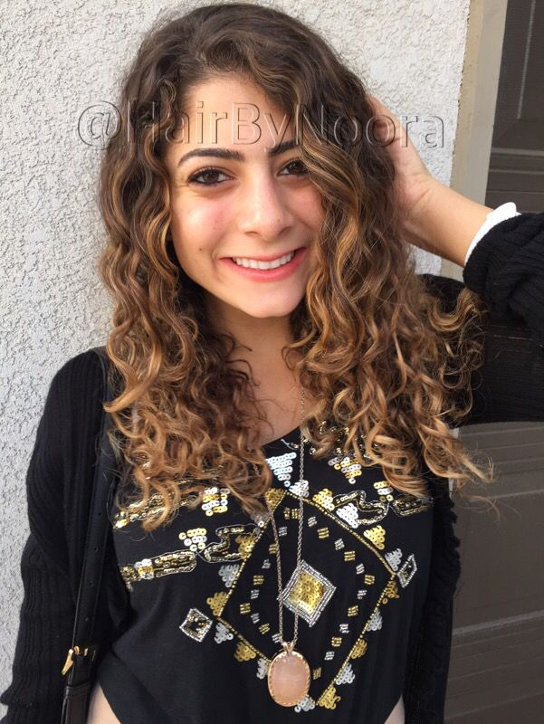 Curly Hair Balayage Ombré Hilites Natural Golden Unrealistic