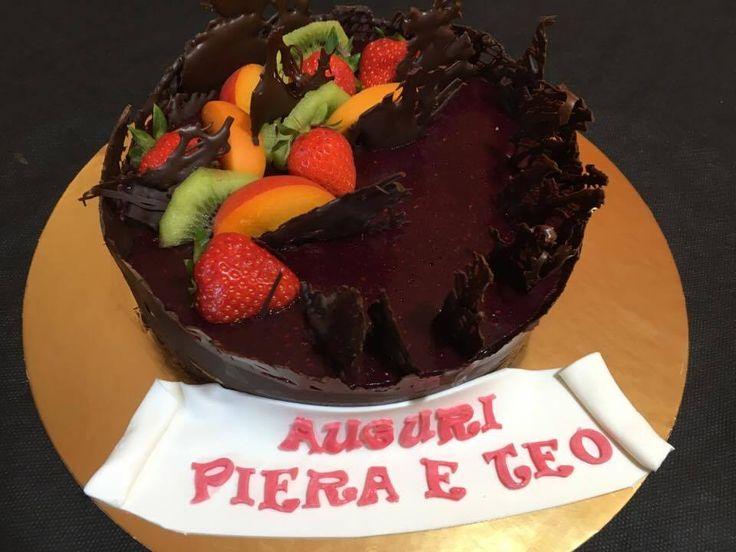 Una cheesecake per il compleanno di Piera ed il suo piccolo amico a quattro zampe
