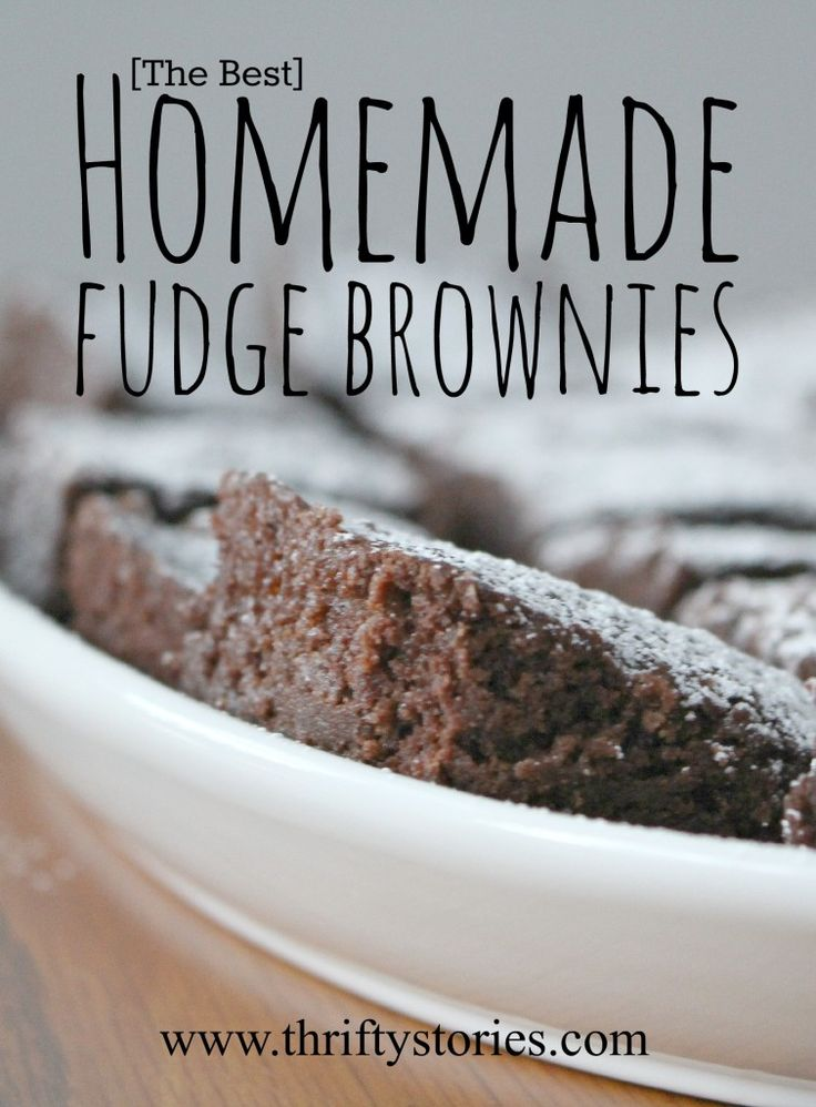 The Best Homemade Fudge Brownies. This recipe is so easy and quick to whip together in a pinch. It is tempting to begin nibbling on them right out of the oven...they are that good. | www.thriftystories.com