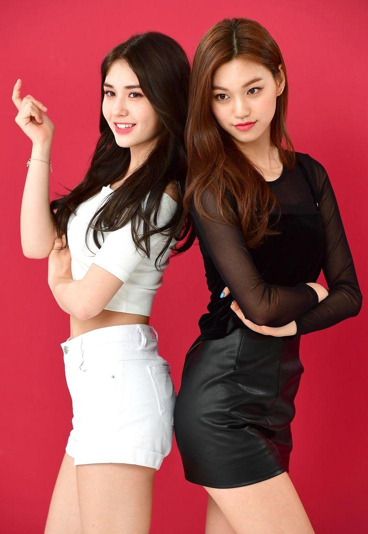Somi & Doyeon