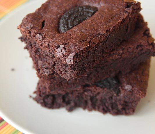 Brownies super chocolate con galletas Oreo