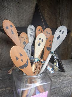 "Adorable wooden ""Pumpkin & Ghost"" Spoons from Booth #555, inspired by http://eyeballsbydaycraftsbynight.wordpress.com/2012/08/14/dollar-store-christmas-craft-wooden-snowman-spoons"