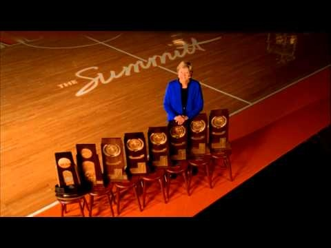 Pat Summitt honored at the Tennessee vs. Georgia State game on September 8, 2012.