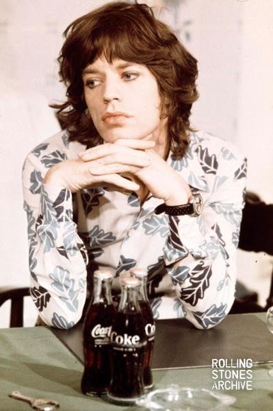 MICK, YOU'RE SO PRETTY: Coca Cola, Coke, Beautiful, Cocacola, The Rolls Stones, People, Photo, Mick Jagger, Design Blog