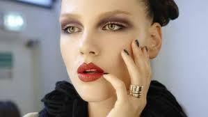 Afbeeldingsresultaat voor jaren 90 make-up