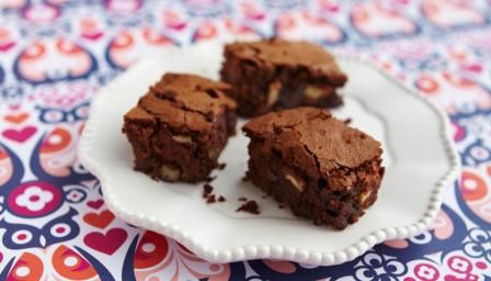 Ginger, pecan and rum chocolate brownies