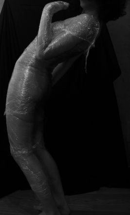 ''Nudo di donna '' Arianna Cavigioli e l'erotismo: quando il nudo di Donna diventa arte sensoriale.(Fotografie 2013)