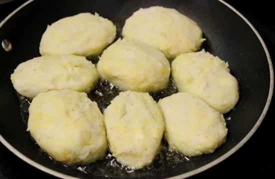 Potato Pampushki With Cheese Filling – Картофельные Пампушки с Творожной Начинкой | Olga's Flavor Factory