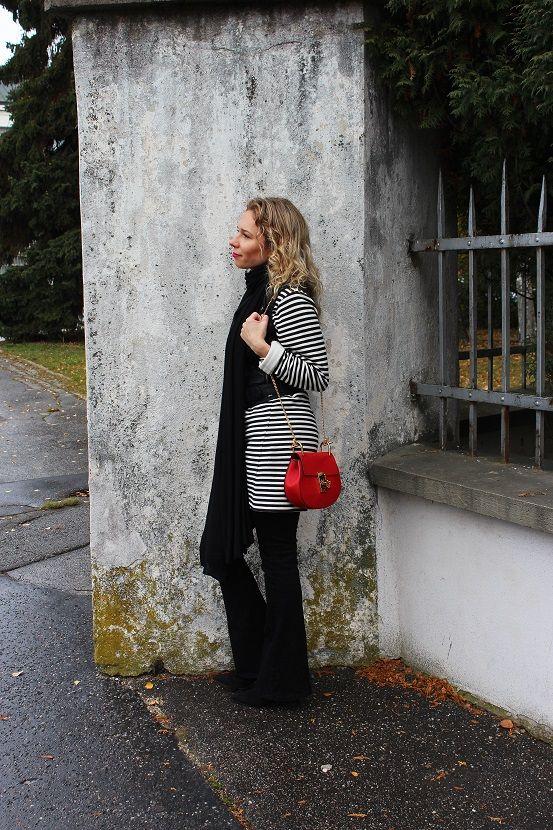 #streetstyle #chloe #fashionblogger #slovakblogger #bloggerstyle #flarejeans #stripeddress