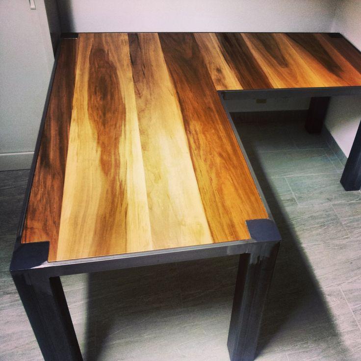 Tavolo su misura in ferro e legno #itesoricoloniali #arredamenti #design #tavolo #sumisura #legno #ferro #iron #customized