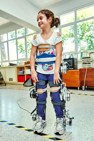 Un exoesqueleto permitirá caminar a niños con movilidad reducida