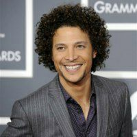 Hire Justin Guarini - Reality TV Speakers Bureau - Booking Agent
