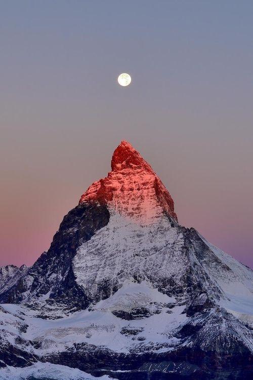 Matterhorn Sunrise, Schweiz, von Andreas Jones, auf 500px. – # 500px #byAndrea …   – Vinterhatt