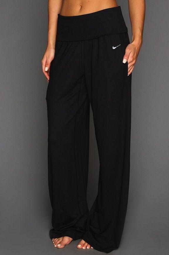 Nike Yoga Pants These look sooo comfy