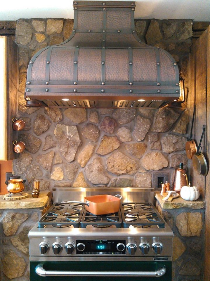 Custom Copper Hood Perfect For The Cabin Rustic Kitchen Rustic House Outdoor Kitchen