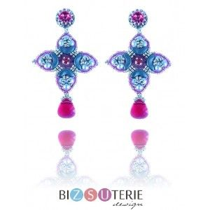 Parisa earrings - inst. dload beading pattern with Arcos par Puca beads and chaton montees