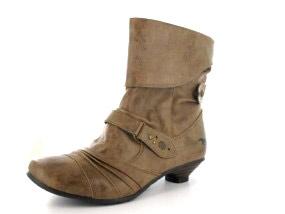 Mustang Stiefel Übergröße Damenschuhe braun
