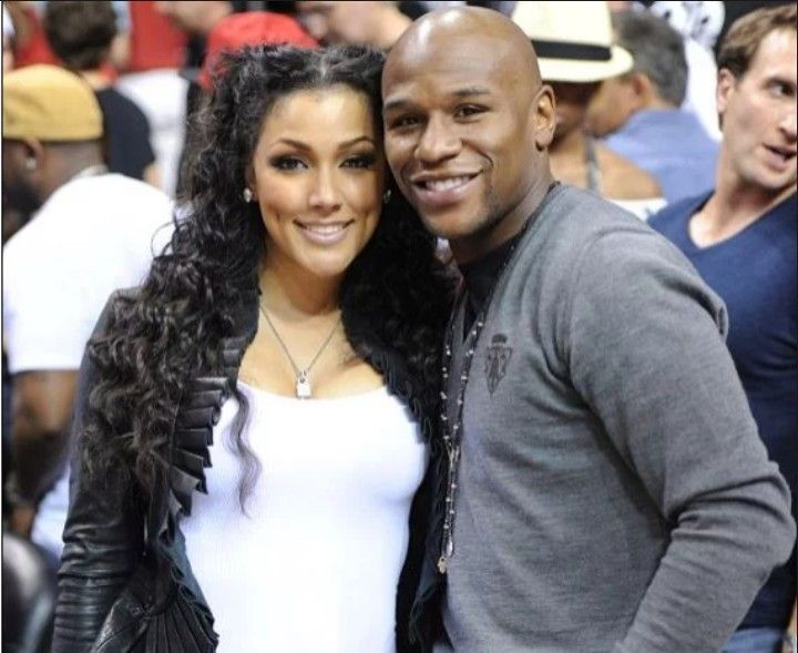 Floyd Mayweather Sues Ex Girlfriend for Being a Lady