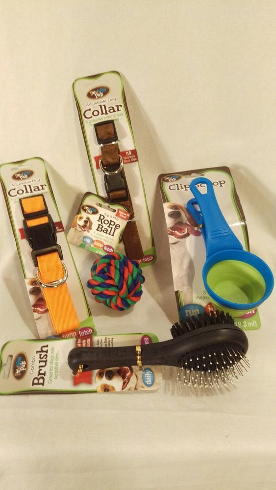 Bow Wow Pet Supplies Adjustable Dog Collar Scoop Toys Brush Travel Bowl  NIP #BowWowPet