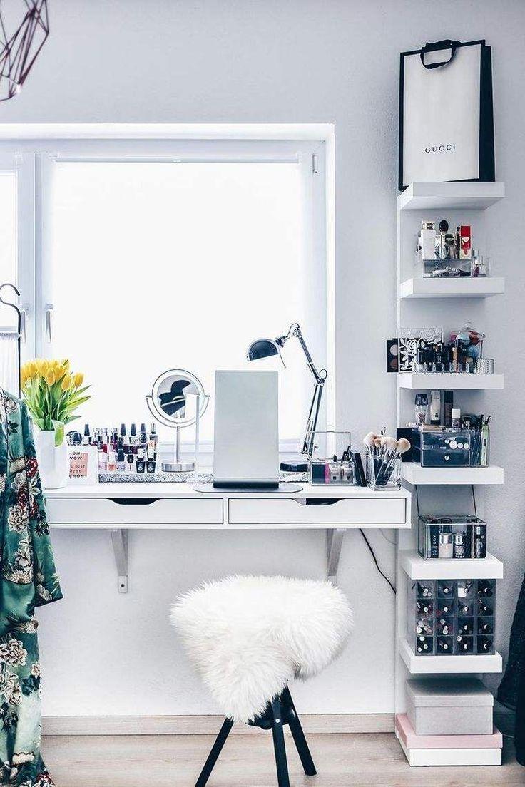 rangement coiffeuse moderne et étagère suspendue