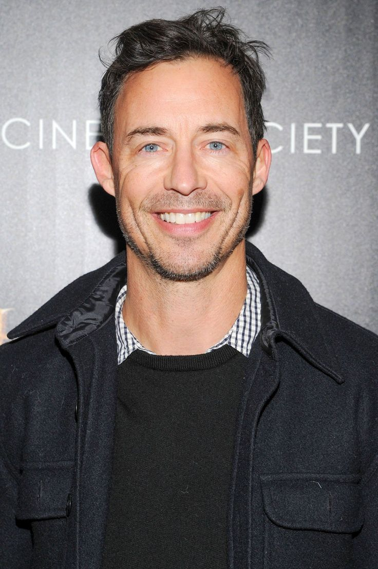 Tom Cavanagh has joined the cast of the Flash in the role of Harrison Wells.