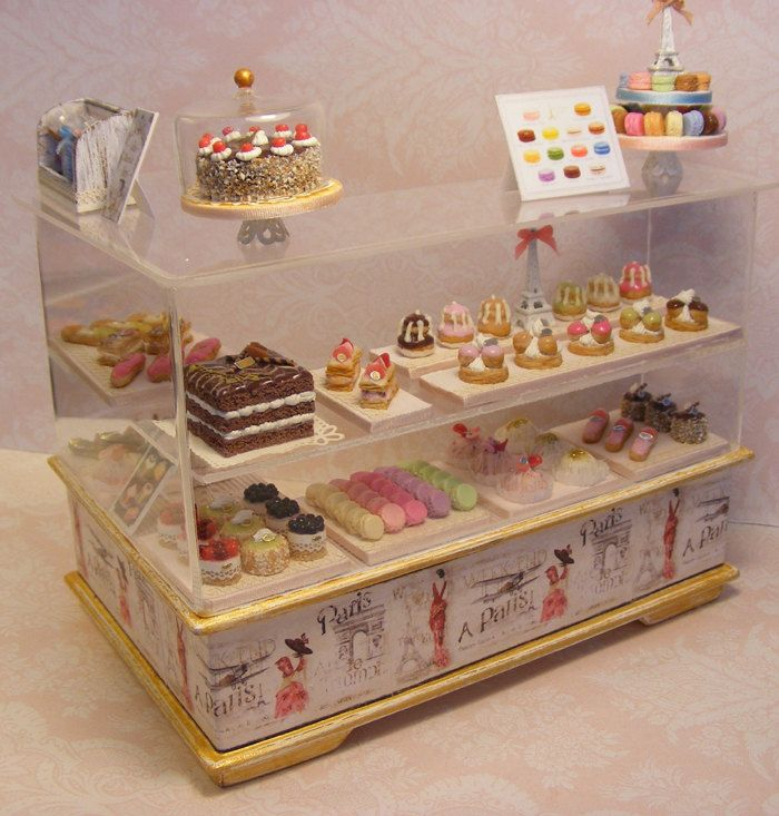 Vitrine Patisserie Doll House Miniature. ❤
