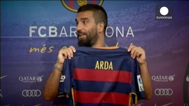 Arda Turan es presentado como nuevo jugador del FC Barcelona
