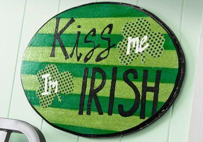 Kiss Me I'm Irish Plaque