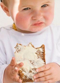 Сочетание в питании сливочного масла и сыра