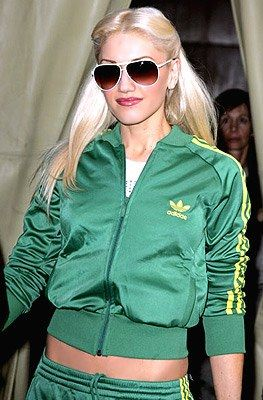 Gwen Stefani - Photo posted by fandeseries - Gwen Stefani - Fan club album -