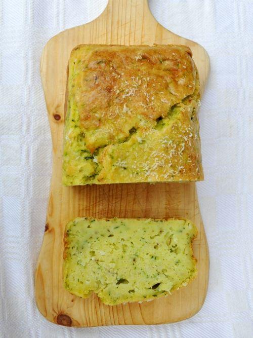 Plumcake zucchine e fontina senza glutine