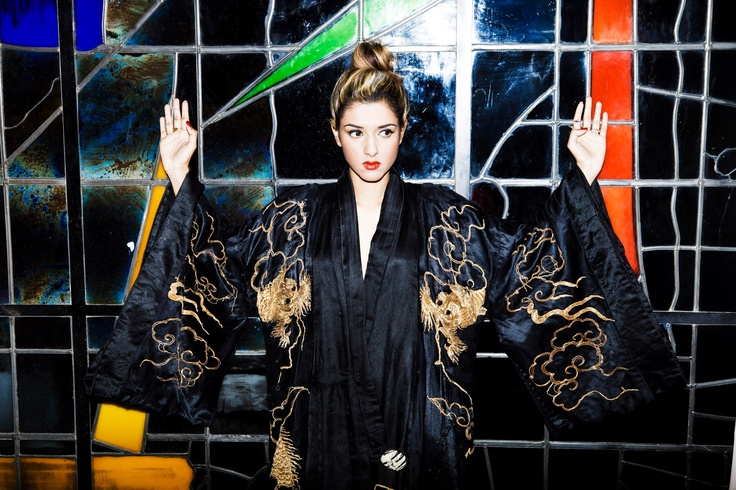 Sabina Emrit wearing 1930's dragon kimono