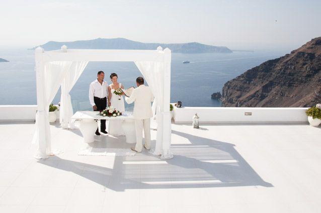 Santorini Weddings in Dana villas