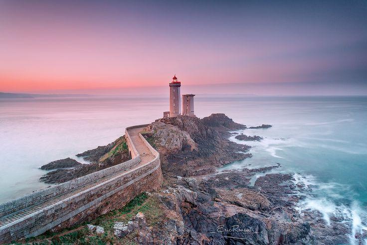 Le phare du Petit Minou - Plouzané (Bretagne) by Eric Rousset