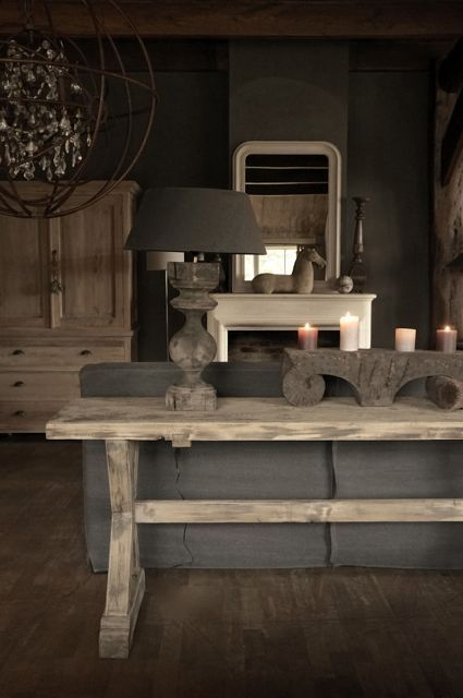 Vergrijsde Sidetable gemaakt van oud hout