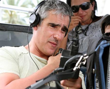 "Director/actor Miguel #Varoni directing his lastest project 4 #Telemundo ""Rosa Diamante""."