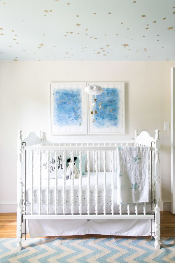 Starry nursery: http://www.stylemepretty.com/living/2015/07/28/starry-nursery-tour/ | Photography: Ruth Eileen - http://rutheileenphotography.com/: