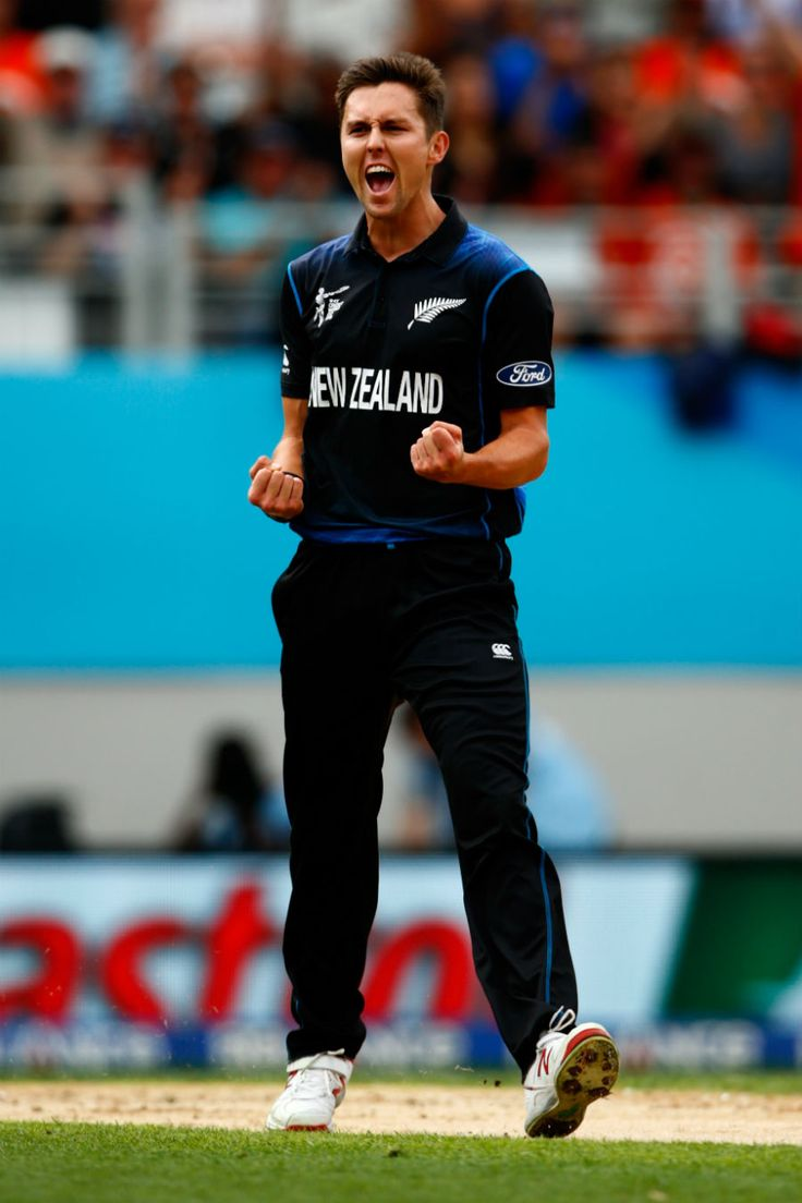 Trent Boult is all fired up after taking a wicket, New Zealand v South Africa, World Cup 2015, 1st Semi-Final, Auckland, March 24, 2015