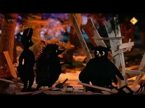 Digitaal prentenboek: Verhalen van de boze heks:5. De egel timmert een hut.